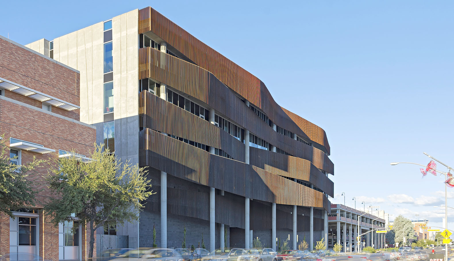 Enr2 becomes the largest project in arizona to earn a leed for Leed building design