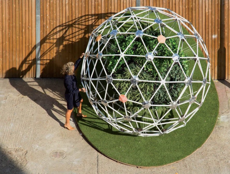 Hortum machina, Hortum machine B, Interactive Architecture Lab, University College London, Buckminster Fuller, geodesic dome, mobile ecosystem, autonomous garden, garden, botanical, London, robotics, electrodes,