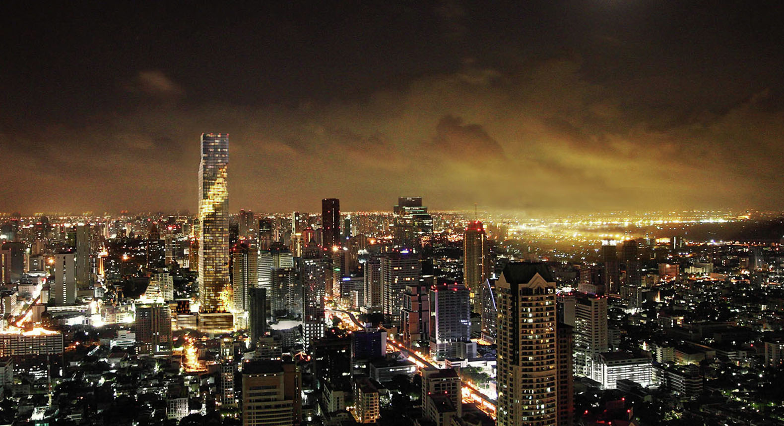 Mahanakhon tower thailand 39 s tallest building opens in for Bangkok architecture