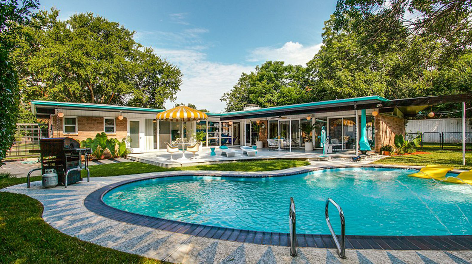 Amazing 1950s Time Capsule House in Dallas could be yours ...