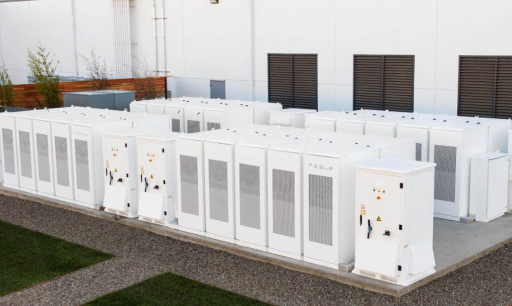 Battery Powered Buildings : Tesla to install world s largest backup battery for the