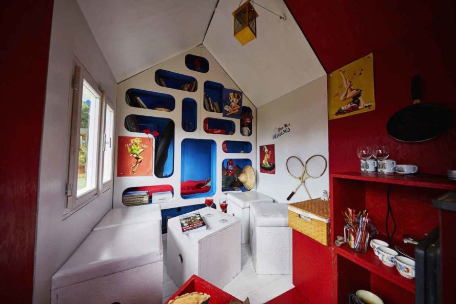 Tiny House France, Tiny House France by Joshua Woodsman, Tiny House France by Pin-Up Houses, tiny and affordable houses, French flag inspired architecture