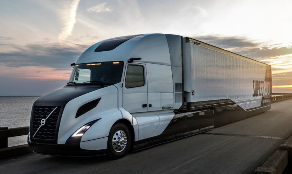 Volvo SuperTruck improves fuel efficiency by 70% after 5 ...
