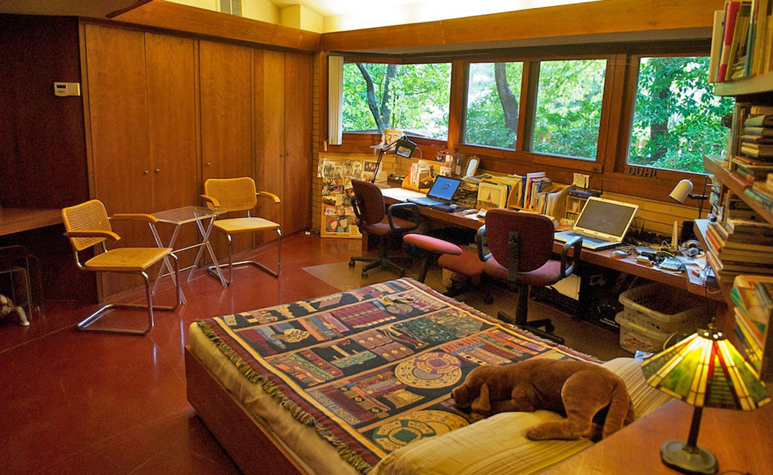 Frank lloyd wright beach house listed on airbnb for under for Rent house for a night