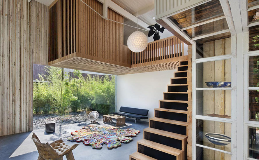 renovated coach house, House of Rolf, Studio Roft, reclaimed materials, the Netherlands, wooden structure, Utrecht, green renovation, green architecture, brick house