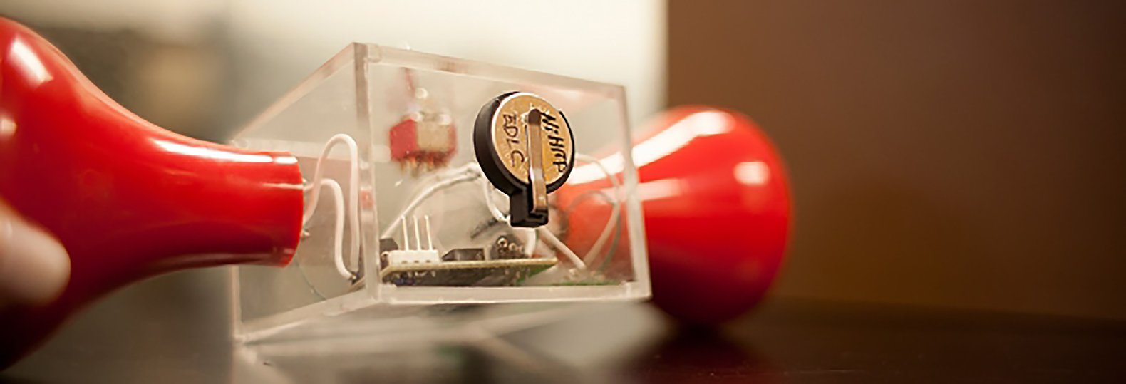 MIT's new carbon-free supercapacitor could revolutionize the way we store power