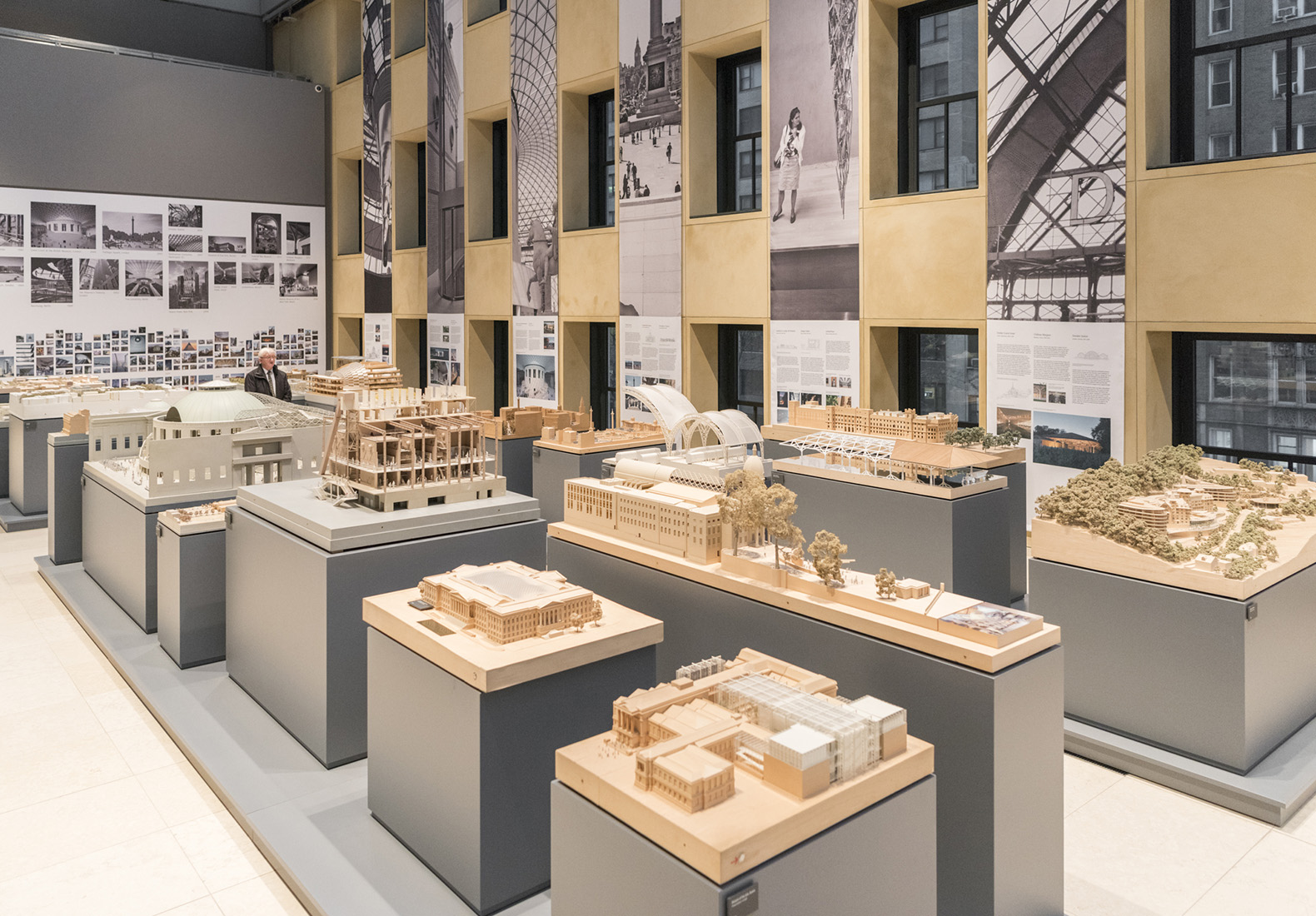 Hearst Tower Celebrates 10th Anniversary With New Foster Partners Exhibit