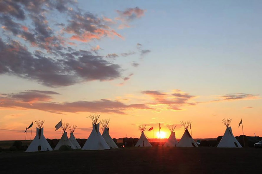 Dakota Access Pipeline, Dakota Access Pipeline protest, Dakota Access Pipeline protesters, oil pipeline, oil pipeline protest, oil pipeline protesters, Standing Rock, North Dakota, Sacred Stone Camp, #NoDAPL, No DAPL, DAPL, solidarity, support, help, donate, social media, phone calls, petition, petitions