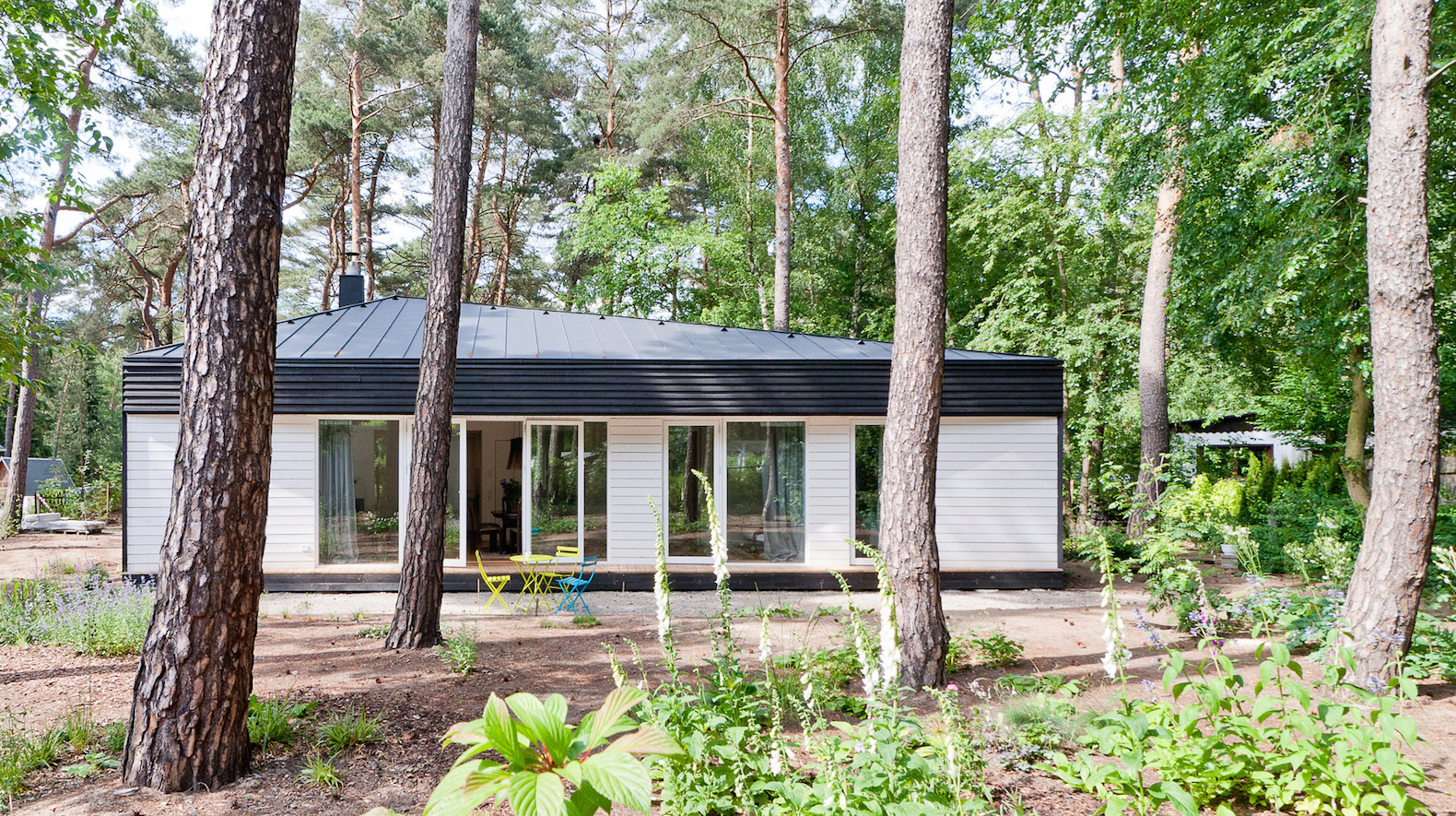 Contemporary Cabin Is A Light Filled Retreat In The German Forest