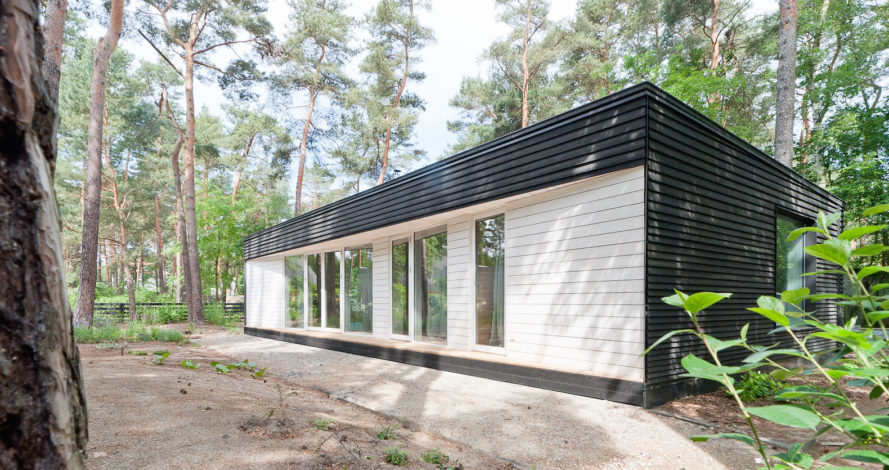 House in the Woods by Claim, Potsdam contemporary architecture, contemporary cabin design, modern cabin, minimalist cabin design, German minimalist cabin,