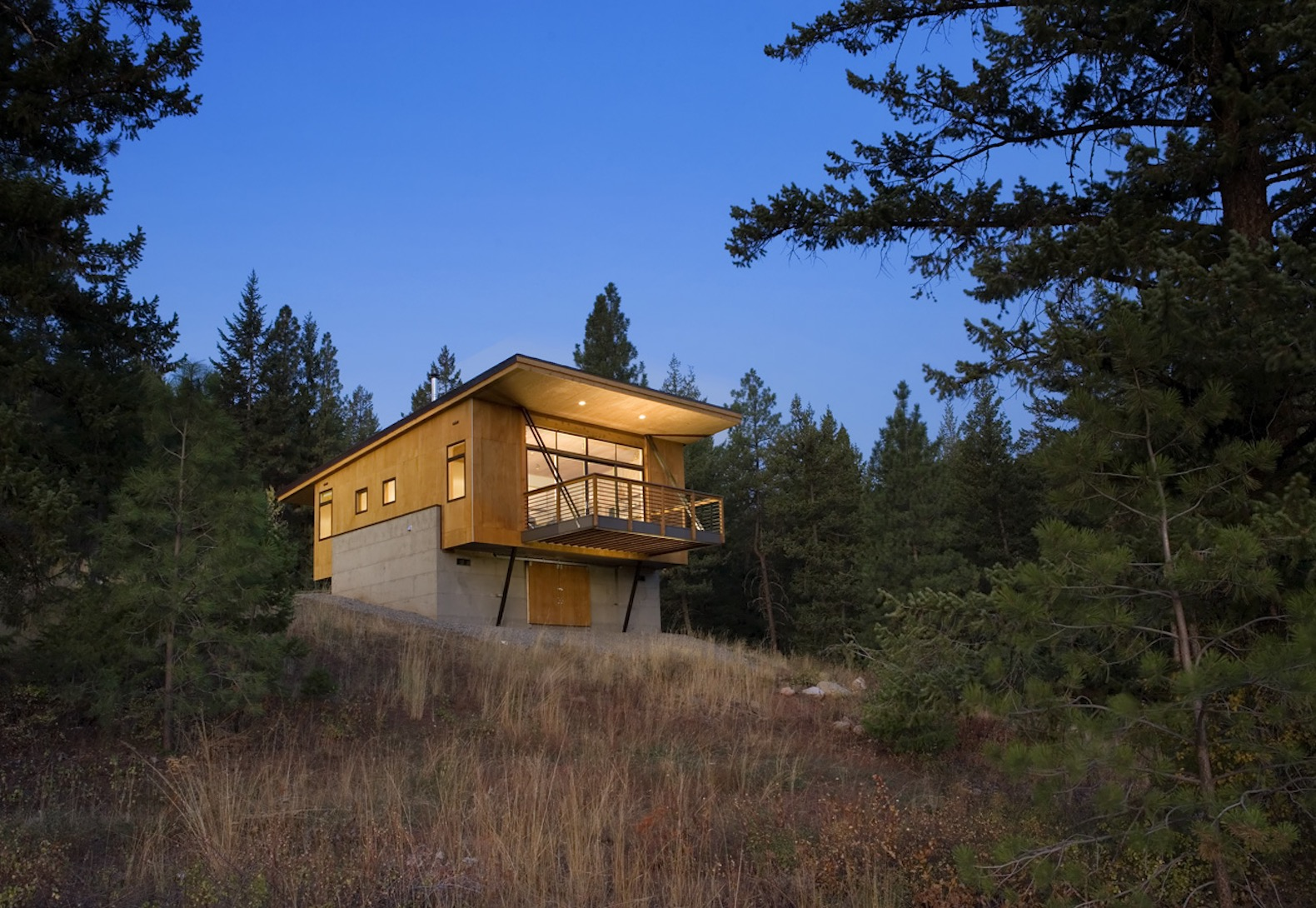 Pine Forest Cabin achieves beautiful modern design on a budget