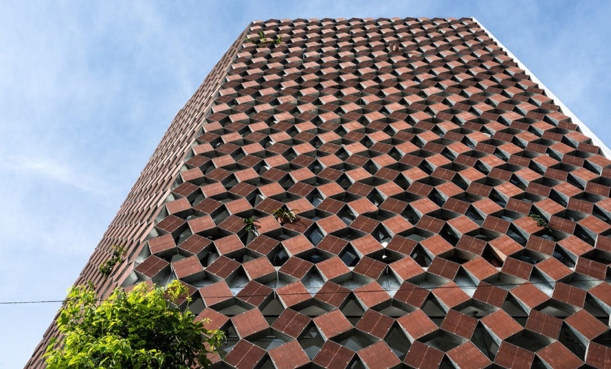 Properly Breathing House, Hanoi, natural ventilation, recycled brick, double skin facade, H&P Architects, green architecture, recycled building materials, ceramic bricks