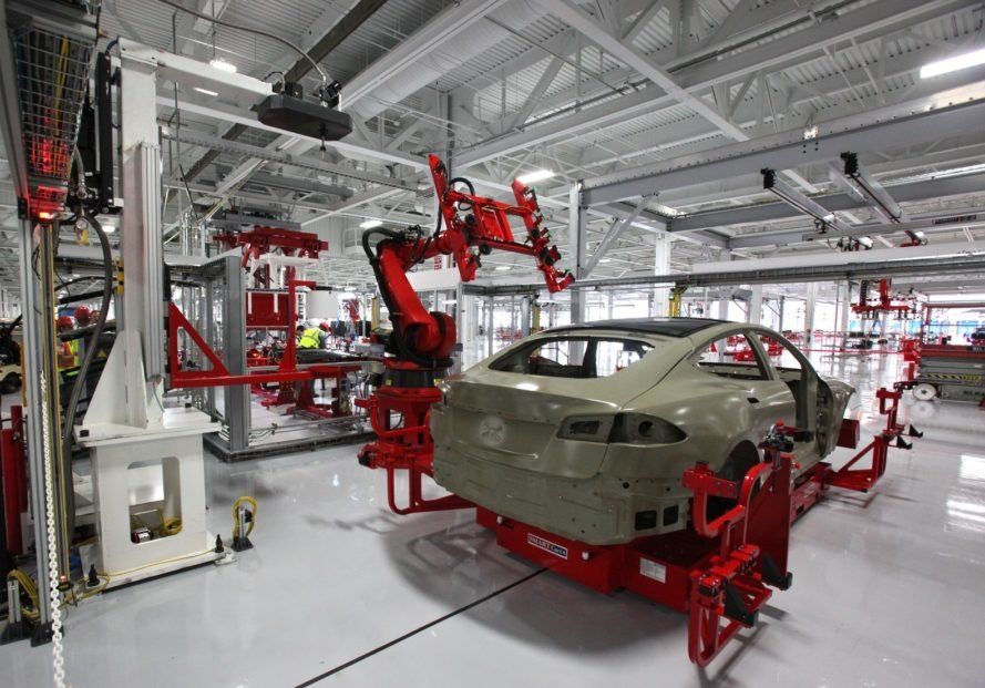 Tesla, Gigafactory 2, Europe, Elon Musk, electric vehicles, lithium ion batteries