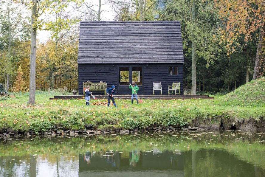 The Woodland Cabin by De Rosee Sa, De Rosee Sa cabin, woodland cabin in Belgium, Nouvelles cabin, OSB cabin, locally felled and milled timber cabin, tractor oil black stain for wood, cabin built on a budget, economical and lightweight cabin, woodland cabin in Nouvelles