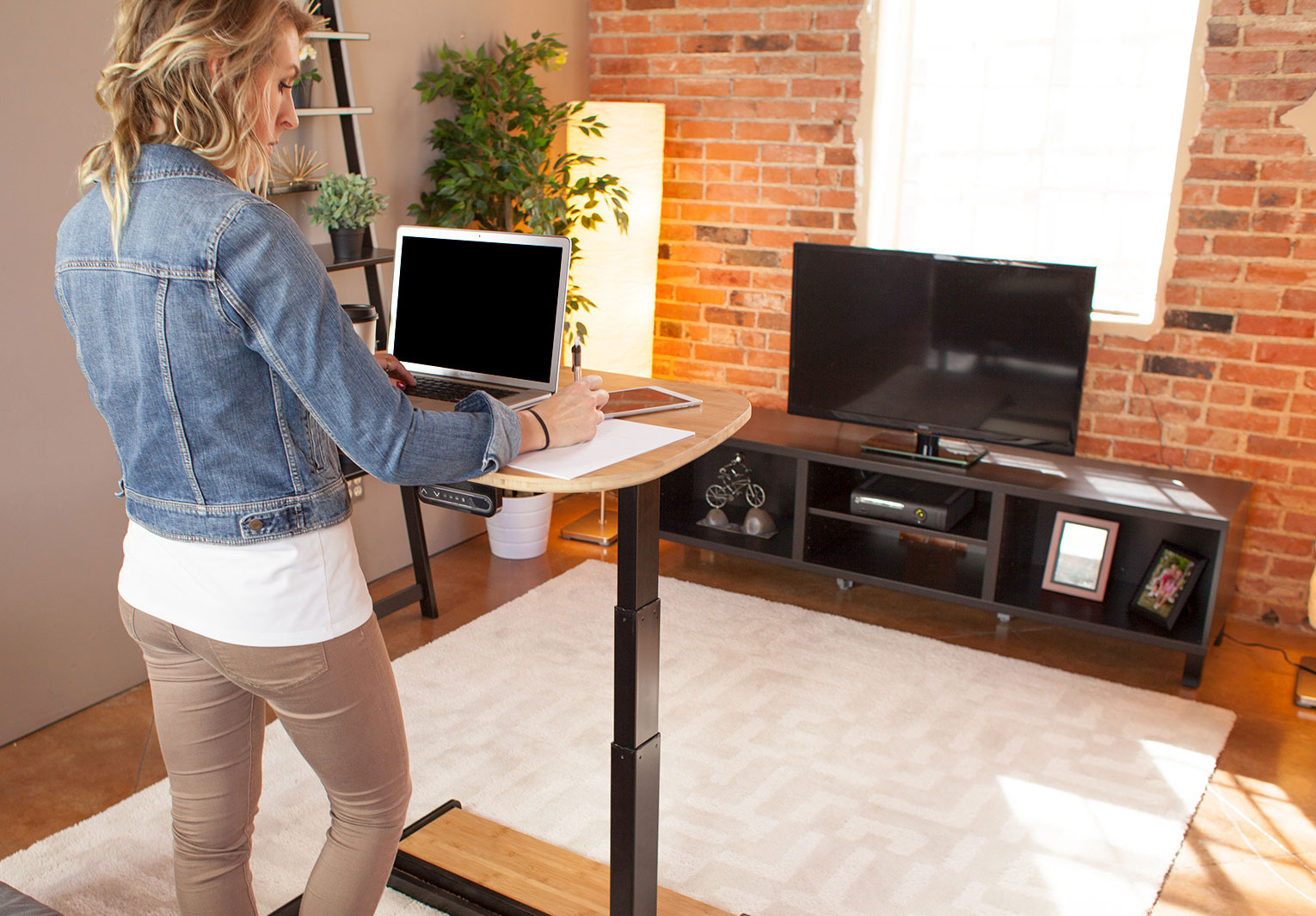 This Revolutionary 7 In 1 Table Is The Only One You Ll Ever Need Your Living Room
