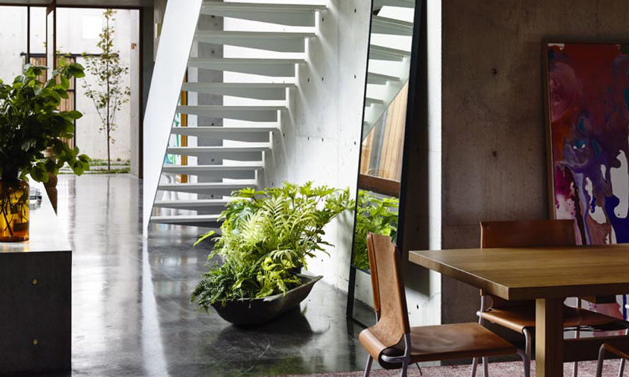 Torquay House, concrete, Victoria, courtyard, Australia, Auhaus Architecture, natural light, green roof, full-height glazing, timber, natural building materials