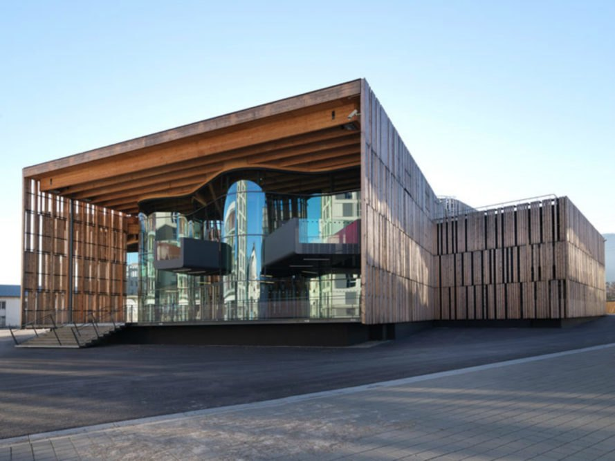 La Belle électrique, Hérault Arnod architectes, Electronic music, Electronic music concert hall, Grenoble Centre for Contemporary Art, Concert hall design, Grenoble music hall, larch board exterior, timber architecture, timber buidling materials,