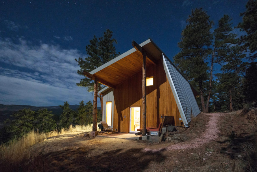 Colorado man builds state 39 s most energy efficient off grid for Energy efficient cabin