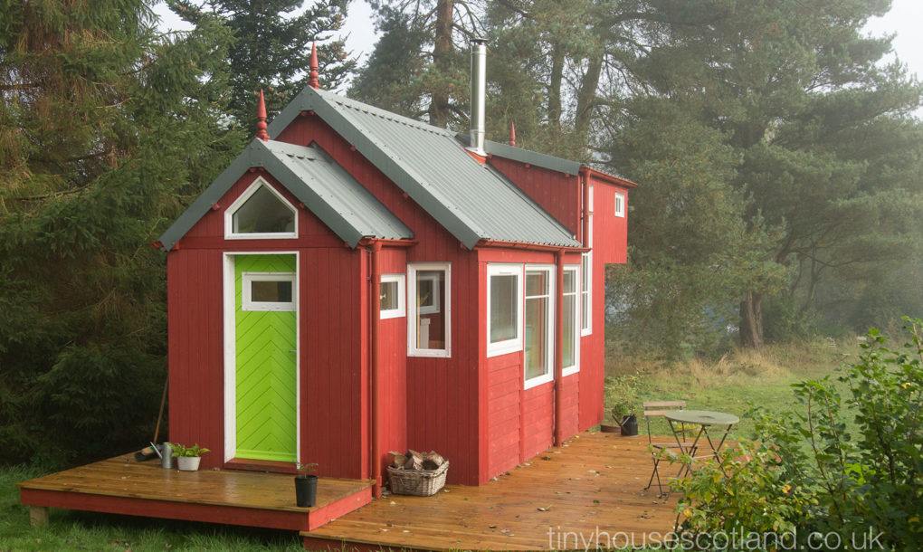 Tiny Home Designs: Charming Off-grid Scandinavian-inspired Tiny Home Is
