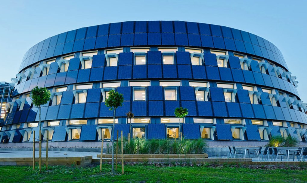 Solar Powered Office Buildings : Finnish gaming company wraps new circular headquarters in