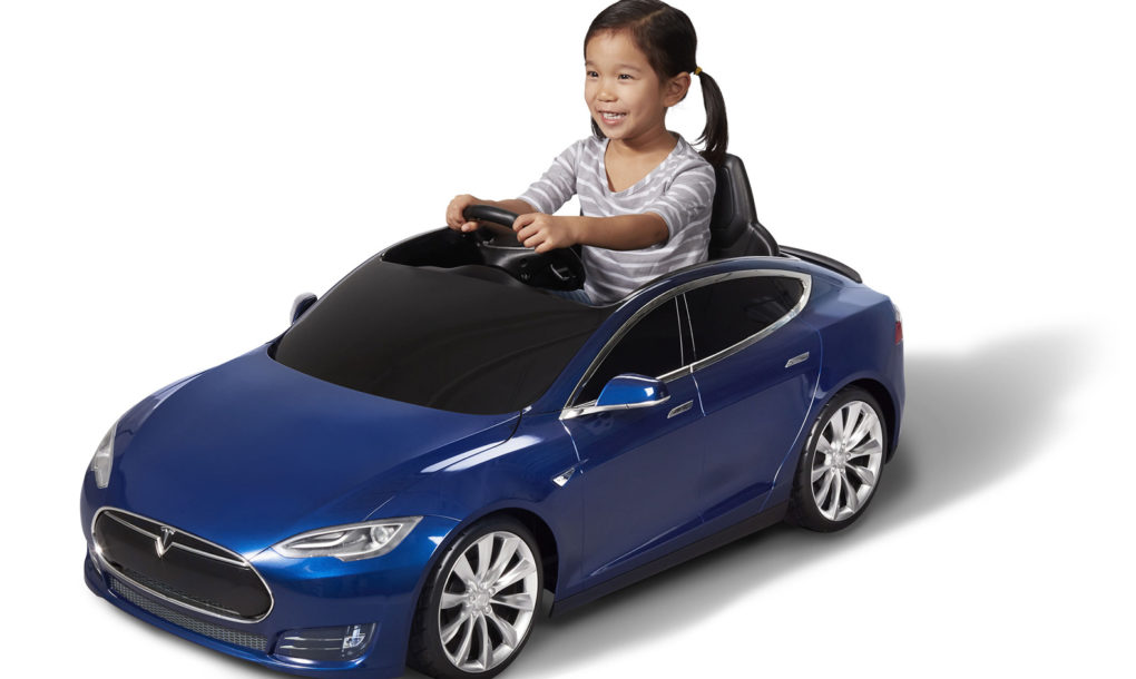 check out this adorable 500 electric tesla model s just for kids sorry adults inhabitat green design innovation architecture green building