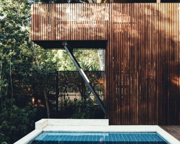 Sunday House, Australia, Teeland Architects, green renovation, green retreat, brick house, green architecture, timber, timber screen, natural cement, brick facade, national park