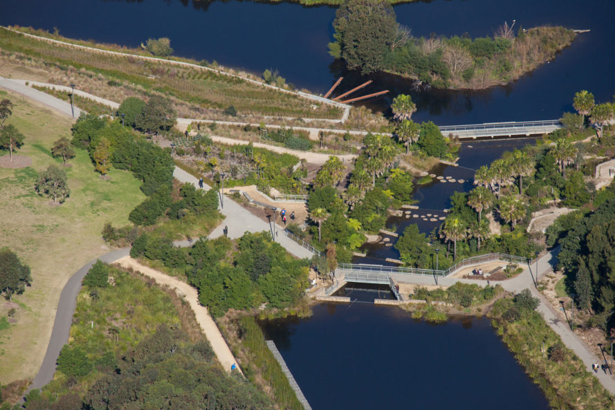 Sydney Park Water Re-Use Project, Turf Design Studio, Environmental Partnership, Sydney Park, Sydney, Australia, water, water issues, recycled water, reclaimed water, reused water, water reuse, reusing water, nature, park, landscape architecture, landscape design