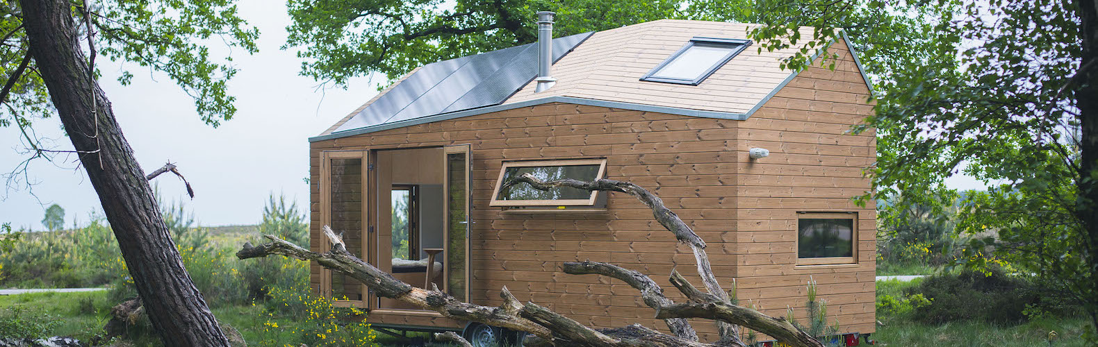 Dimka Wentzel, Ecoboard, Marjolein Jonker, Marjolein Jonker tiny house, off grid tiny house, rainwater harvesting, solar panels, the netherlands, thermally modified pine wood, tiny house, Walden Studio