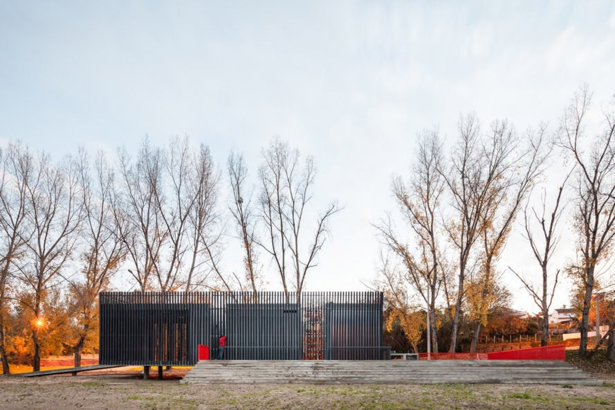 Alvega Canoeing Center by atelier mob, Alvega Canoeing Center, canoeing center architecture, tagus River architecture, recycled plastic profiles architecture, raised architecture in flood zones