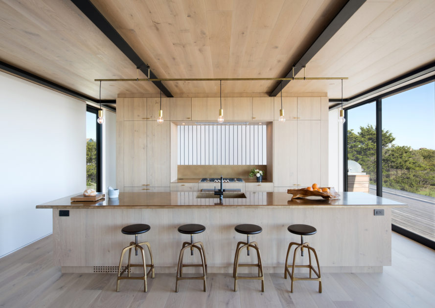 Atlantic by Bates Masi + Architects, Atlantic House in Amagansett, lifesaving station contemporary reinterpretation, Atlantic Ocean new york architecture, Bates Masi + Architects Atlantic Ocean architecture