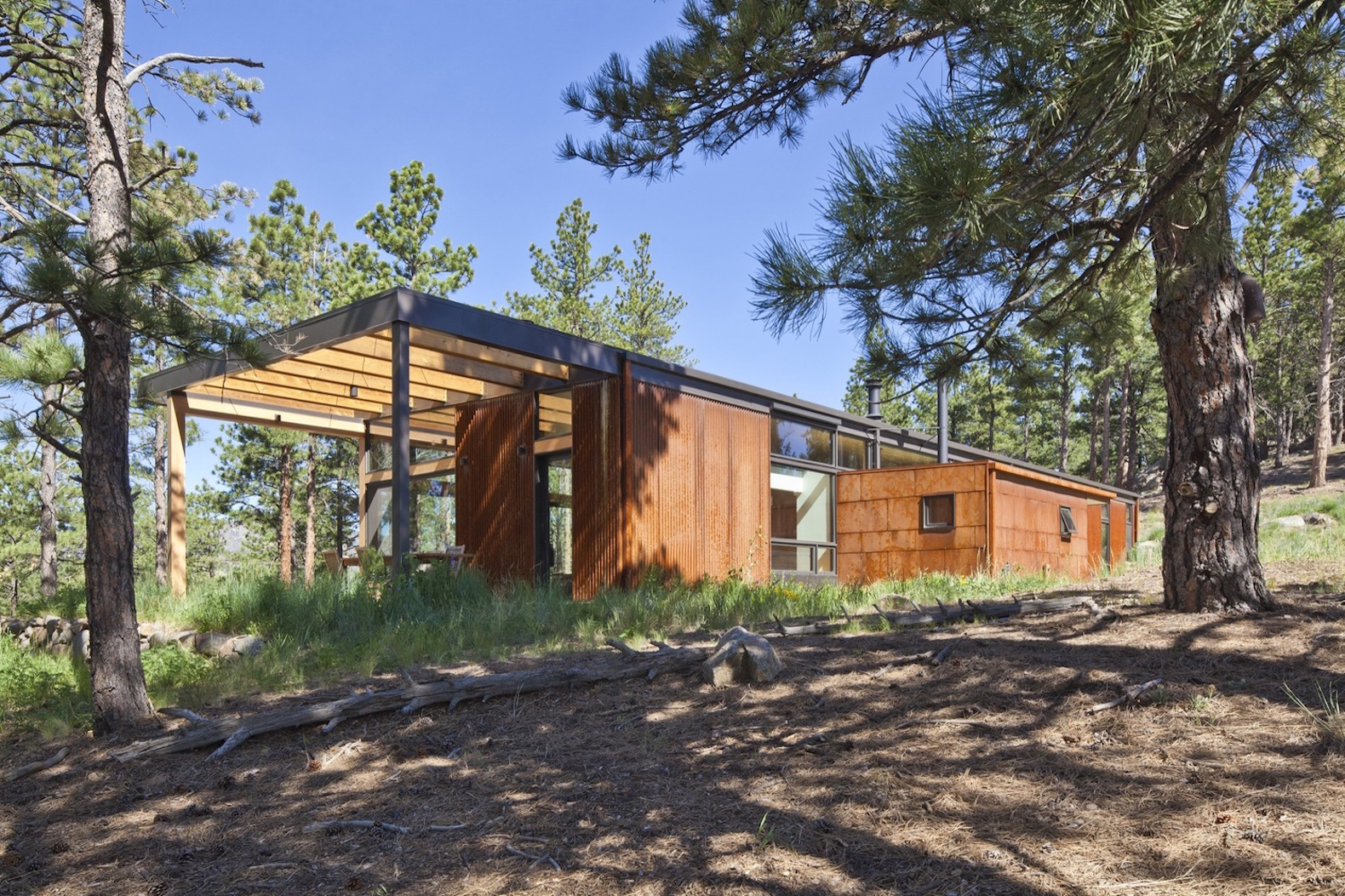 Award Winning Boulder Cabin Minimizes Energy Use And Material Waste