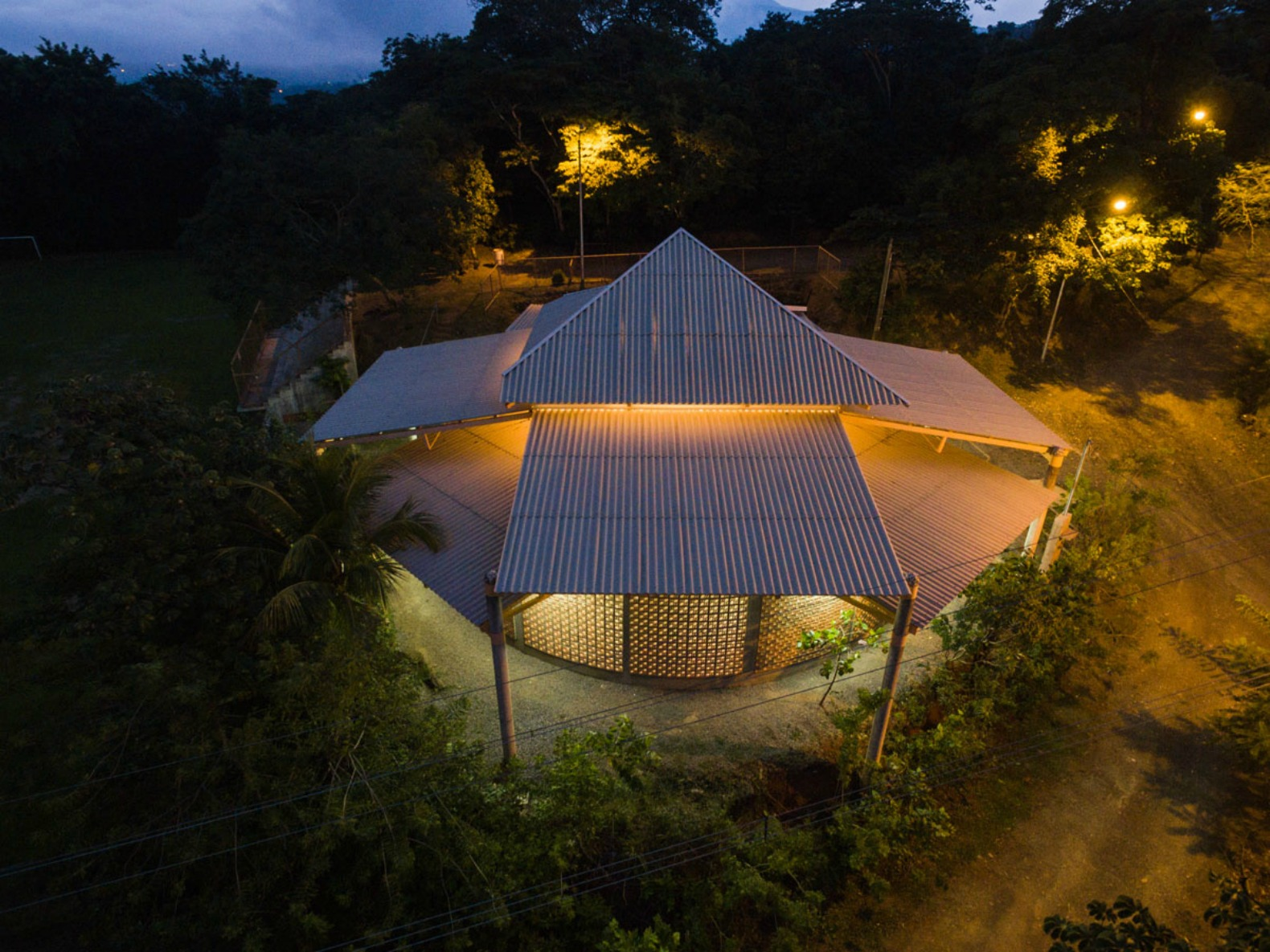 Architects use local materials to build beautiful Costa Rica