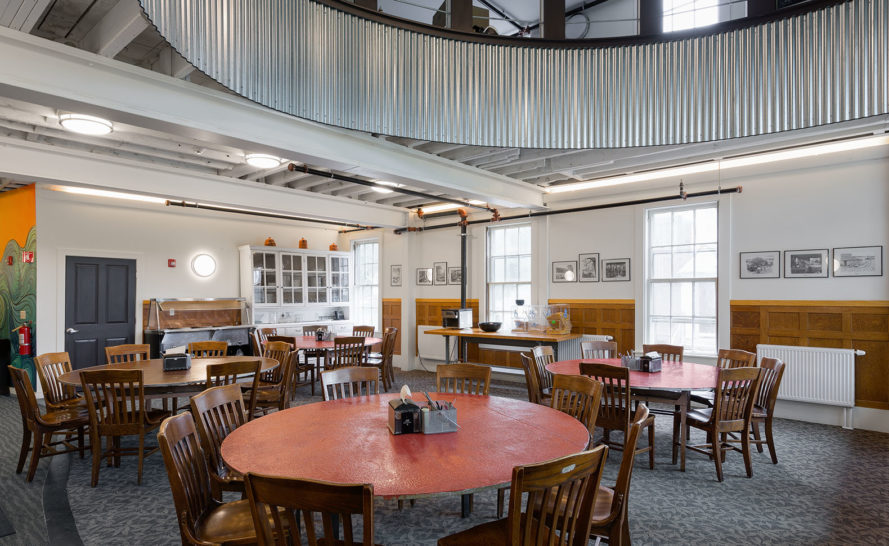 LineSync Architecture, Hampshire Country School, green renovation, New Hampshire, energy efficiency, green school, natural light, green architecture, wood pellets