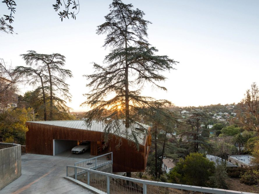 House in the Trees, House in the Trees by Anonymous Architects, Anonymous Architects, Echo Park, Los Angeles, California, cantilever, cantilevered, wood, cypress, cypress tree, cypress trees, tree, trees, treehouse, treehouses, living tree, living trees, nature, environment, architecture, design
