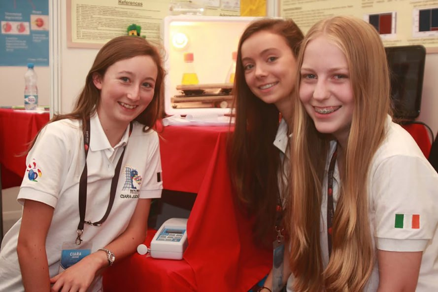 Ciara Judge, Émer Hickey, Sophie Healy-Thow, Ireland, Google Science Fair, Google Science Fair 2014, Combating the Global Food Crisis, food crisis, food poverty, food, bacteria, oats, barley, crops, crop yield, teenager, teenagers, teenage invention, teenage inventions, inventions