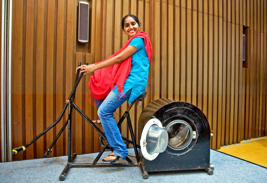 Remya Jose, India, washing machine, pedal-powered washing machine, laundry, chore, chores, energy, power, electricity, teenager, teenagers, teenage invention, teenage inventions, inventions