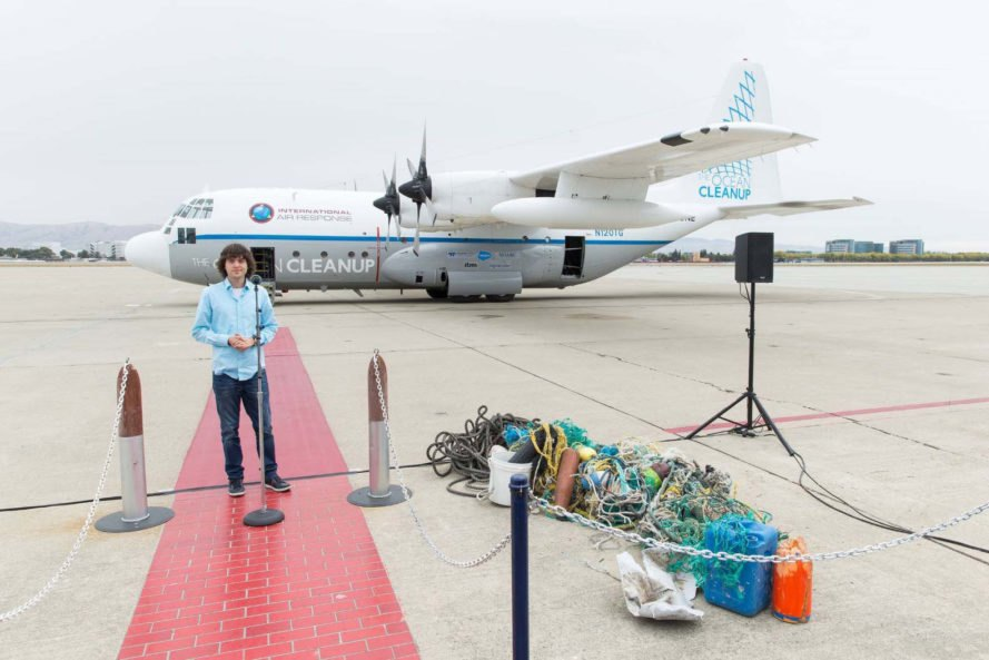 Boyan Slat, The Ocean Cleanup, Ocean Cleanup Array, the Netherlands, ocean, ocean pollution, Great Pacific Garbage Patch, Pacific, Pacific Ocean, plastic, plastic pollution, plastic trash, plastic garbage, teenager, teenagers, teenage invention, teenage inventions, inventions