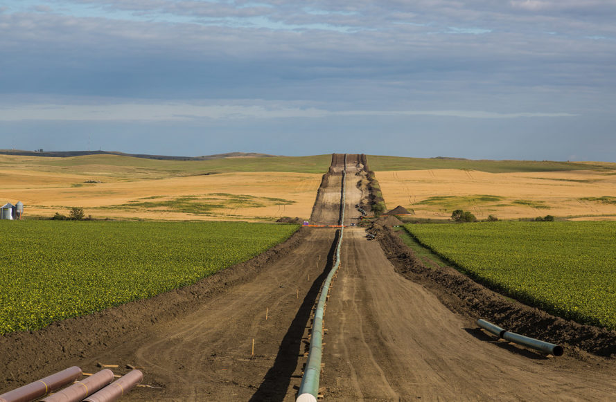 president trump, DAPL, DAPL Trump, Trump Keystone, Trump energy policy, Trump oil policy, Trump Pipelines, Trump Executive order, Keystone pipeline, Dakota Access Pipeline