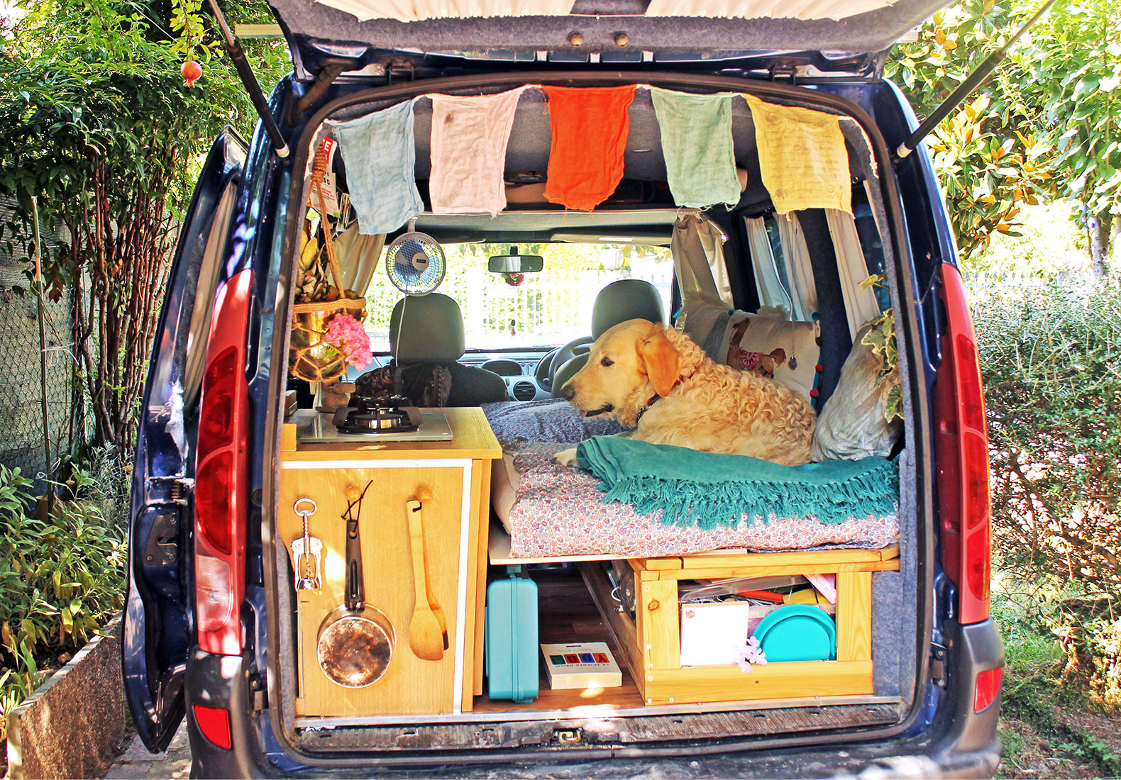 Italian Woman Restores Old Van To Travel The World With Her Rescue Dog