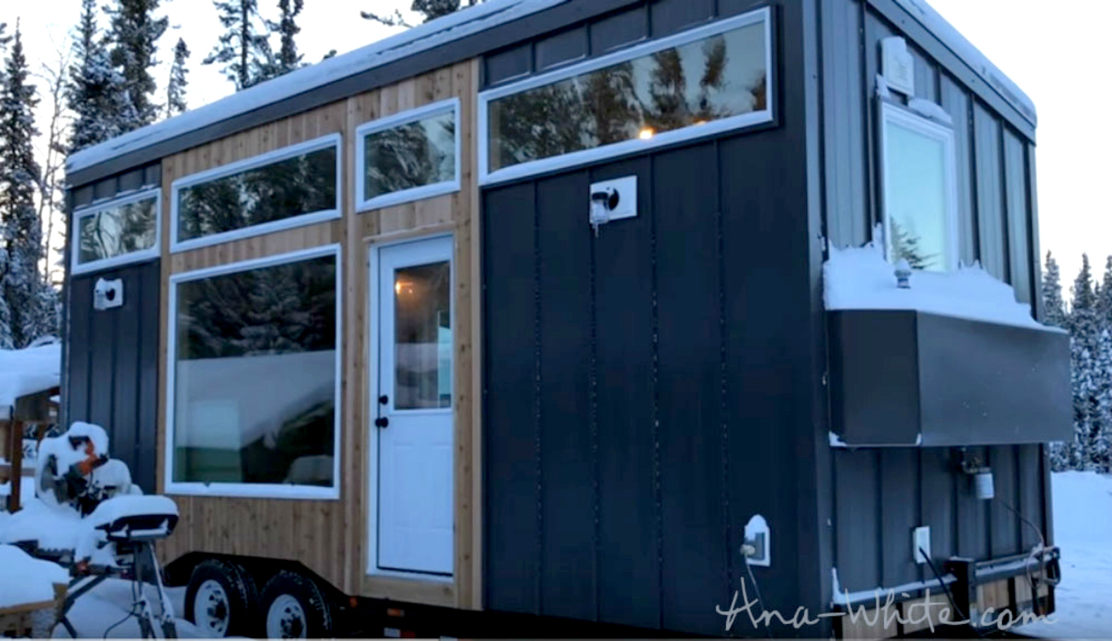 Genius Elevator Bed Slides Vertically On Rails To Maximize Space In Alaskan Tiny Home