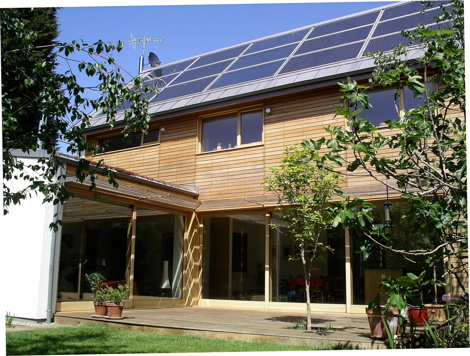 Zero-carbon home generates income by making more energy than it needs