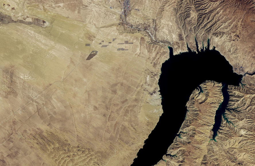 NASA, NASA Earth Observatory, China, Longyangxia Dam Solar Park, Longyangxia, solar park, solar farm, solar, solar panel, solar panels, solar power, solar energy, energy, renewable energy, satellite, satellite image, satellite images, satellite imagery