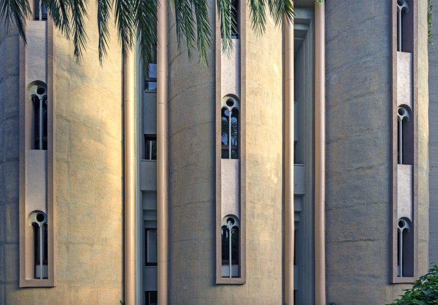 Cement Factory home, Cement Factory turned into a home, adaptive reuse factory, Ricardo Bofill house, Ricardo Bofill renovated cement factory, renovated factories into housing, Ricardo Bofill La Fabrica