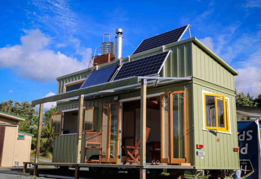 How to get off the grid and live rent free inhabitat for Small house design off grid