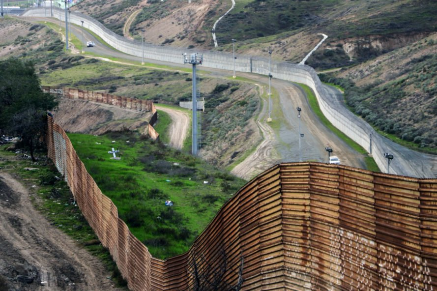 Chim↑Pom, USA Visitor Center, public art, protest art, mexican immigrants, usa immigration policy, trumps ban on immigrants, tijuana border, usa wall with mexico, mexico wall, artist collectives, japanese artist collective