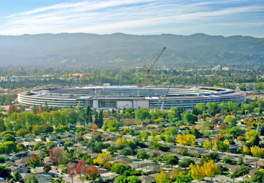 apple park, apple spaceship, apple campus, apple, technology, innovation, design, steve jobs, foster+partners, apple ready to move into apple park, apple park almost complete, apple's new headquarters