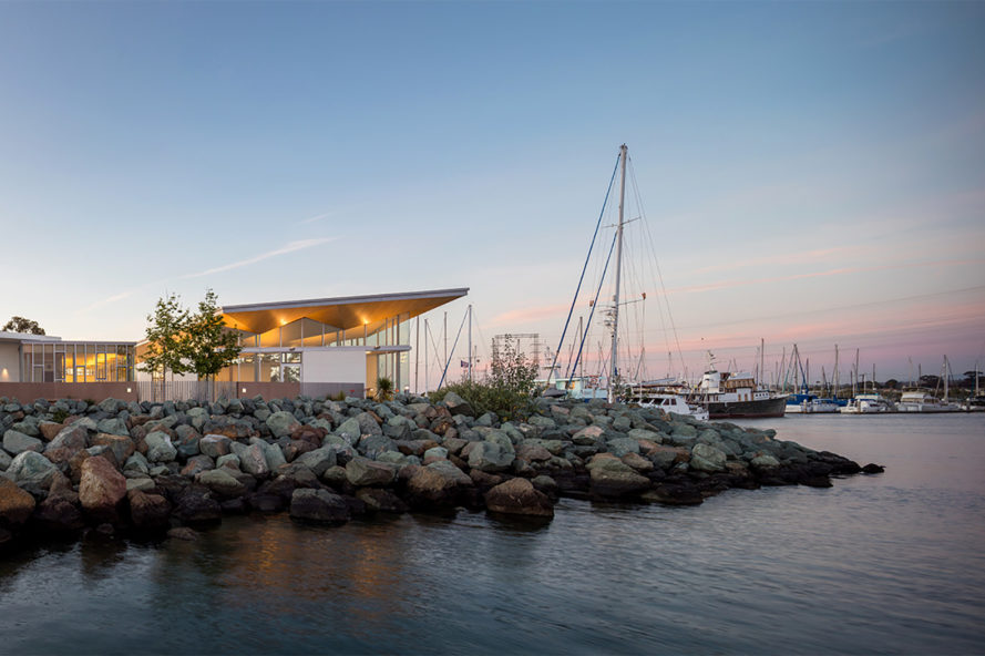 Safdie Rabines Architects, National City Aquatic Center, Pepper Park, Sweetwater River Channel, San Diego Bay aquatic center, San diego architecture, boat like buildings, harbour centers, green design, sustainable design, community centers, boat storage