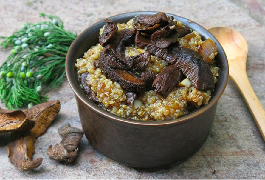 mushroom quinoa risotto, hearty food, hygge, cooking