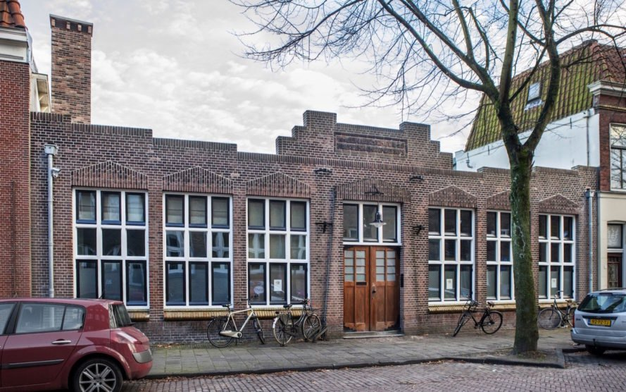 school transformed into residence, nursery turned into home, Leiden house transformation by ATELIER SPACE, adaptive reuse nursery, adaptive reuse in Leiden, Leiden projects by ATELIER SPACE, green renovation in Netherlands