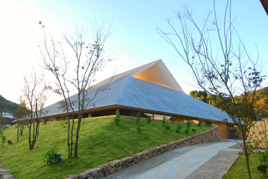 Architect Tops Japanese Community Center With A Series Of